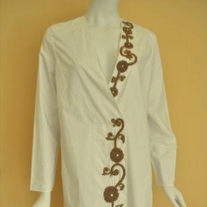 Dresses & Skirts - Embroidered White Dress KIMONO Style
